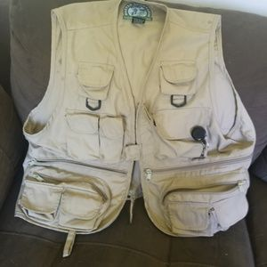 Master sportsman fishing vest